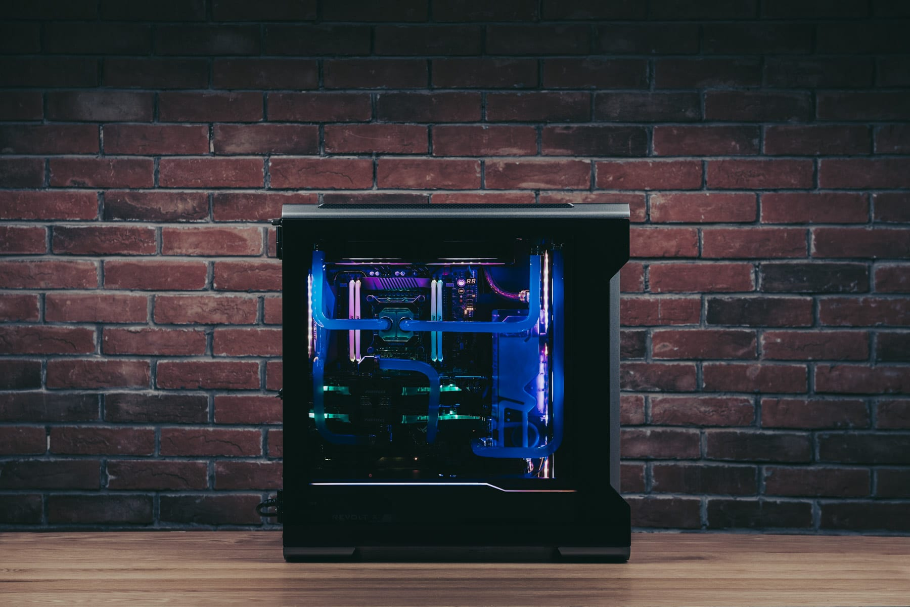 Phanteks_EvolvX15363
